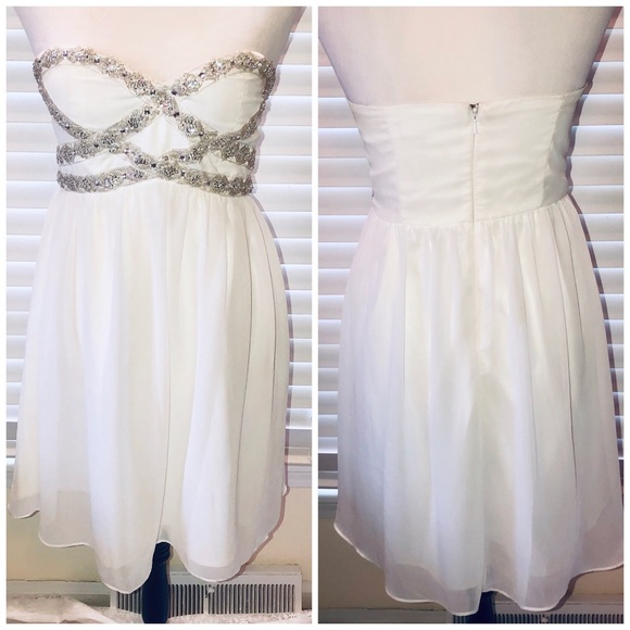 a. Drea Dresses & Skirts - White Strapless Dress Silver Beads Size Small